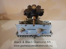 W 275 vízmelegítő blokkok egyben sárgaréz vízcsapházzal (használt)